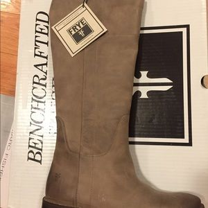 Frye Paige Tall Riding-Bur An Le boot